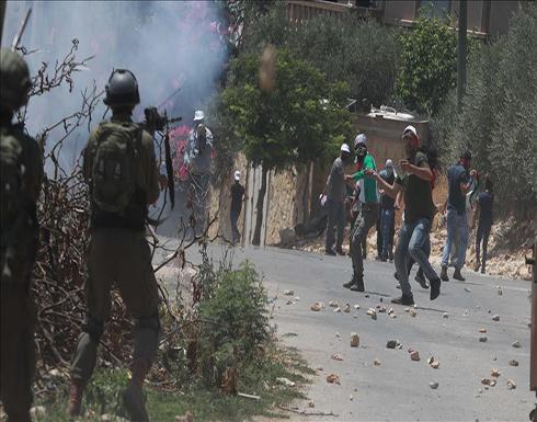 القدس.. إصابة 23 فلسطينيا في مواجهات مع الجيش الإسرائيلي
