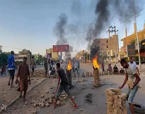 طوارئ واعتقالات واسعة لرموز نظام البشير.. ماذا يحدث في السودان؟