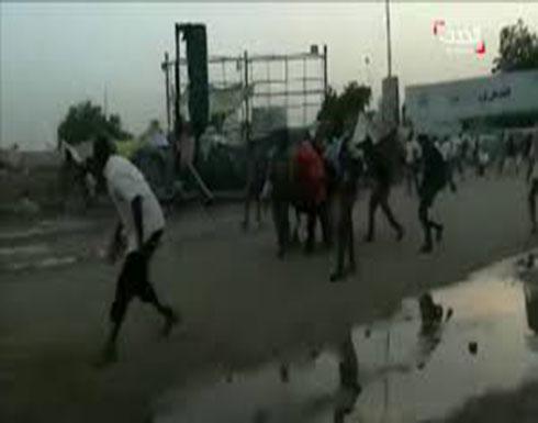شاهد : عملية فض الاعتصام واطلاق النار في السودان