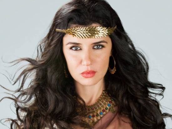 بالصورة – تعرفوا إلى ابنة غادة عادل الكبرى... مَن الأكثر جمالاً؟