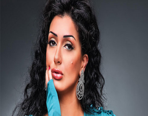ما حقيقة زواج غادة عبدالرازق من نجمٍ يصغرها سناً؟! (فيديو)