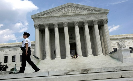 ترامب يعتزم ترشيح إيمي كوني باريت لعضوية المحكمة العليا