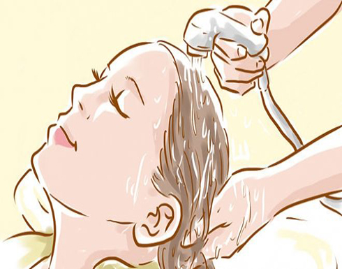 10 نصائح إتبعيها عند غسل شعرك