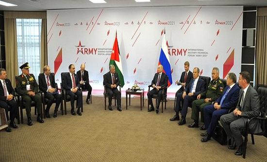 الملك والرئيس الروسي يؤكدان مواصلة التنسيق والتشاور