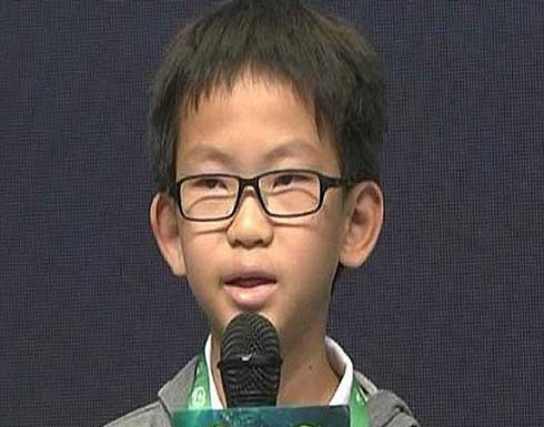 ما قصة هذا الطفل الصيني وعلاقته بتعطيل الفيس بوك