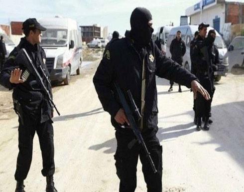 تونس.. تفكيك خلية مسلحة ومصادرة أسلحة وذخيرة وسط البلاد