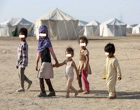 أب يمني يبيع طفلته لسداد ديونه