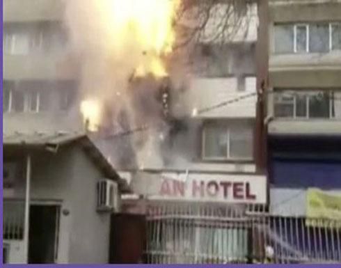 لقطات مروعة لسيدة تهرب من حريق بالقفز من الطابق السادس (فيديو)