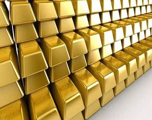 الذهب يتماسك قرب 1500 دولار