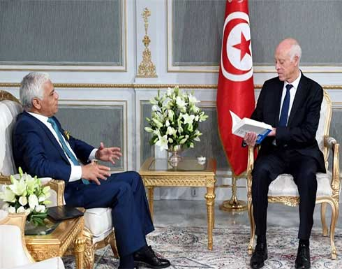 """برلماني تونسي: الرئيس سعيّد """"مسجون"""" في القصر والحكم بيد """"الأجهزة"""""""