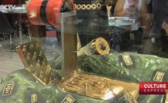 بالفيديو.. نافورة مصنوعة من الذهب الخالص سعرها 2 مليون دولار