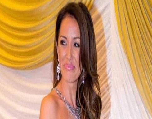 """بالصورة : تجريد ملكة جمال اسكتلندا من اللقب بعد مخالفة """"شرط التعري"""""""