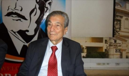 وفاة الشاعر المصري فاروق شوشة