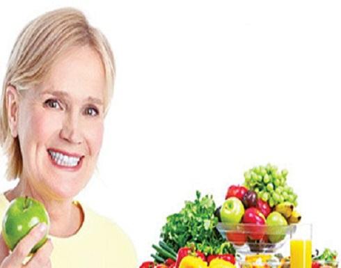 تناولي هذه الأطعمة لتتخلّصي من أعراض سنّ اليأس المزعجة