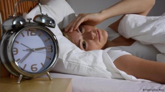 قلة النوم تزيد من مخاطر الإصابة بالسكري وأمراض القلب
