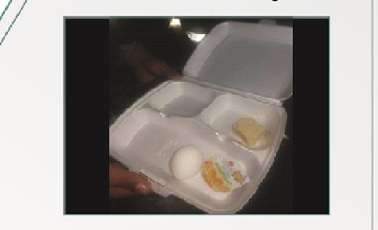 """مصدر ينفي توزيع وجبة طعام قليلة على قوات الدرك في """"الرابع """""""