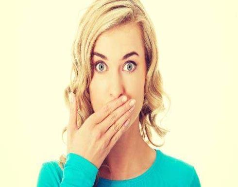 من الأقدر على حفظ السر.. المرأة أم الرجل؟