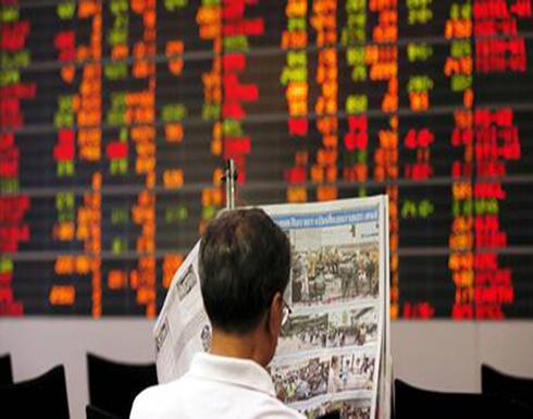 """""""كورونا"""" يضرب البورصات الصينية ويفقدها أكثر من 8% من قيمتها"""