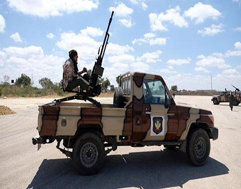 الجيش الليبي يسقط طائرة مقاتلة قبل أن تستهدفه في طرابلس