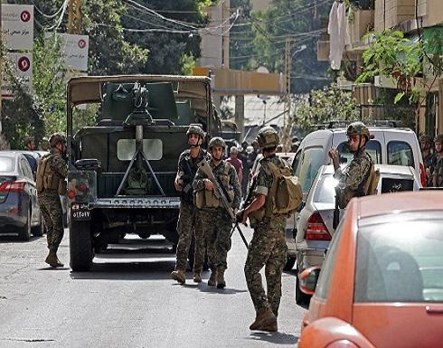 شاهد : قذائف ورصاص في بيروت.. وعشرات القناصين على الأسطح