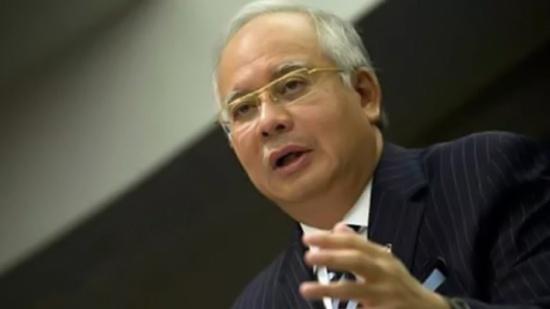 """رئيس وزراء ماليزيا يشارك بتظاهرة ضد أعمال العنف بحق مسلمي """"الروهنغيا"""""""