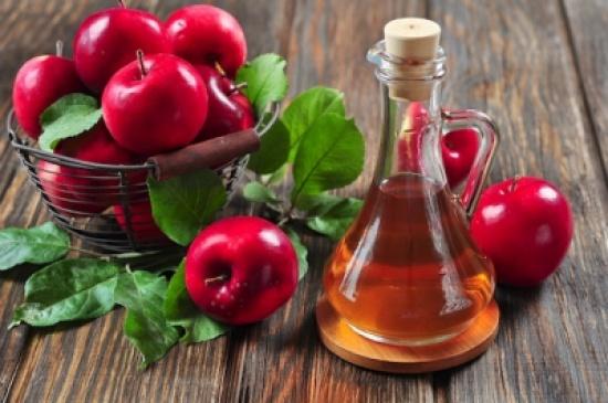 خل التفاح.. وصفة دوائية واحدة لعلاج العديد من الالتهابات الجلدية