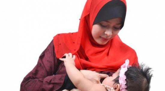 أهم فوائد الرضاعة الطبيعية للأم