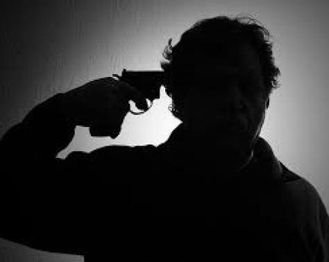 بالصورة - من هو النجم المصري الذي انتحر بسبب فقره؟!