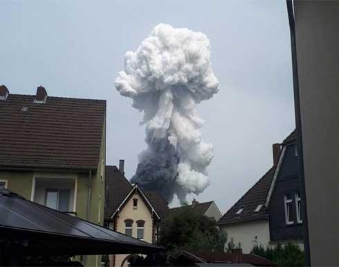 شاهد : انفجار أعقبه حريق ضخم في مجمع للكيماويات غربي ألمانيا