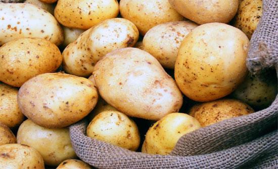 لا ترميها بعد اليوم.. فوائد مذهلة لقشر البطاطس
