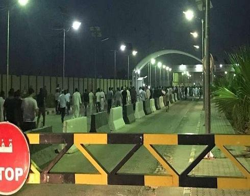بالصور : العراق.. متظاهرون يقتحمون مطار النجف جنوب غربي العاصمة بغداد