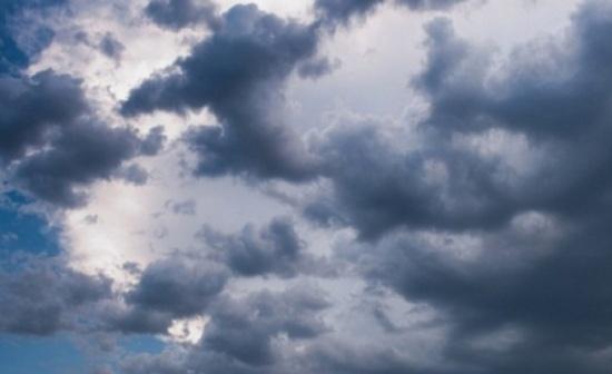 اشتداد تأثير حالة عدم الاستقرار الجوي وتحذير من تشكل السيول