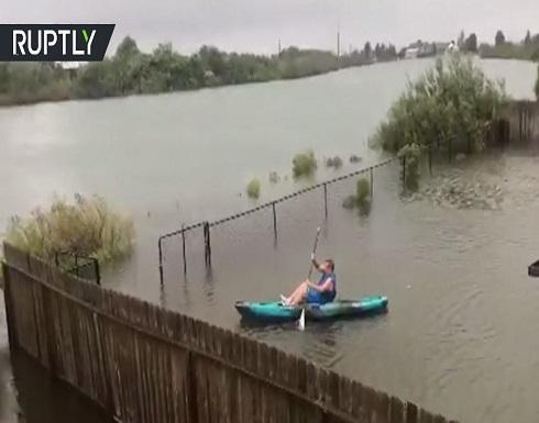 شاهد : آثار إعصار بيتا في مدينة بولاية تكساس الأمريكية