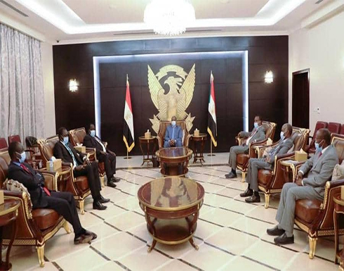 البرهان: تحقيق السلام أولوية قصوى للحكومة الانتقالية