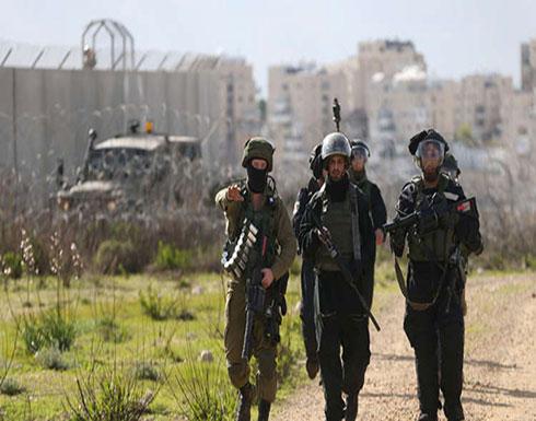 """شاهد : القوات الإسرائيلية """"تعتقل"""" حمارين ( وثيقة)"""