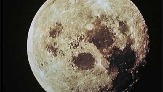 هل يمكن للقمر أن يؤثر على نومك؟