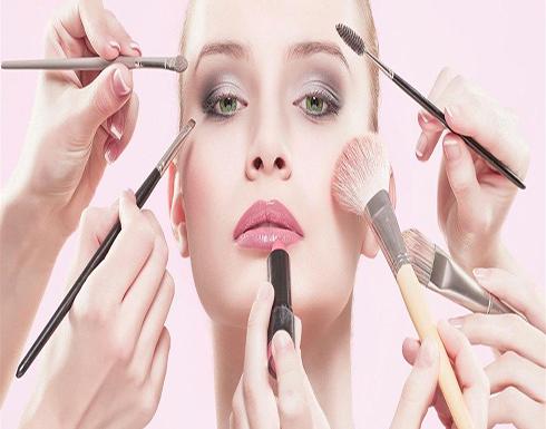 نصائح لتطبيق مكياج العيون دون سيلان الدموع
