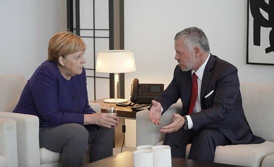 تفاصيل مباحثات الملك مع المستشارة الألمانية في برلين