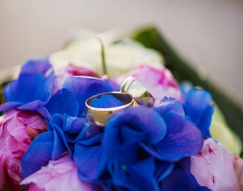 إيطالي يُعيد خاتم زواج لصاحبته بعد 37 عاما من فقدانه