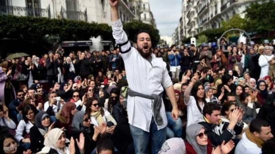 الجزائر.. إضراب يصيب بعض القطاعات بالشلل
