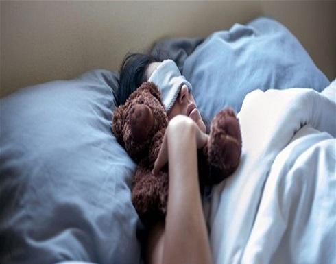 كيف تؤثر وضعية نومك على صحتك؟