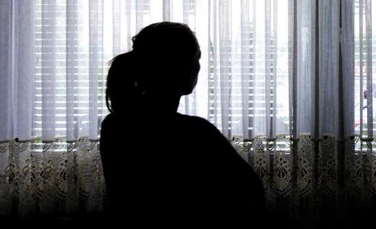حادثة مقززة.. شاب اغتصب والدته على الطريق العام جنوب افريقيا !