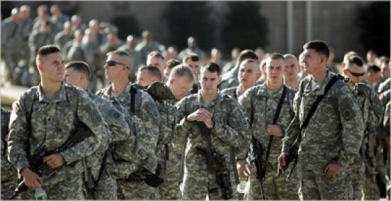 بذريعة مساعدة القوات الحكومية..الجيش الامريكي يرسل (500) جندي اضافي الى العراق