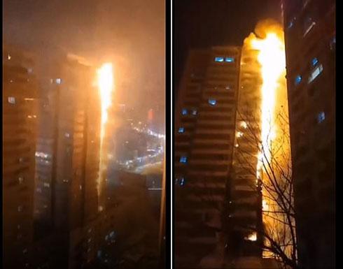 فيديو مروع في الصين .. تَحَوّل برج سكني إلى عمود من النيران في ثوان