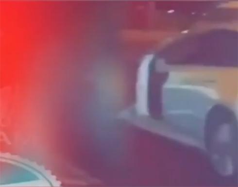 """الكويت.. ضبط مواطنة ظهرت في """"وضع مخل"""" على الطريق العام"""