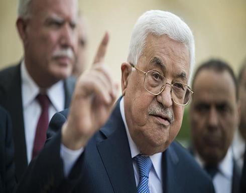 """عباس: تجديد تفويض """"أونروا"""" دليل على وقوف العالم إلى جانب شعبنا"""