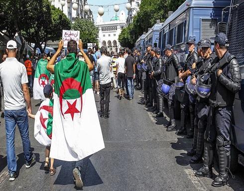 الجزائر.. مشروع يقصي موظفي الدولة عن مراقبة الانتخابات