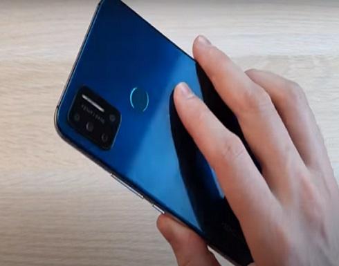 الصين تطلق أول هاتف رخيص في العالم مزود بمقياس لحرارة الجسم!