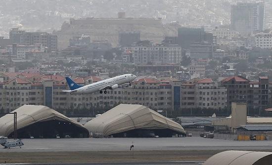 تقارير: تحطم طائرة أفغانية في أوزبكستان