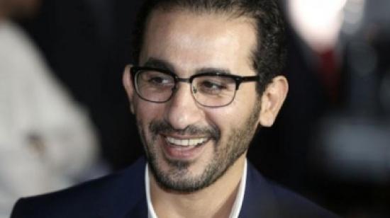 """أحمد حلمي مستاء من طبخ منى زكي.. """"أمنية حياتي إن كورونا ينتهي"""" (فيديو)"""